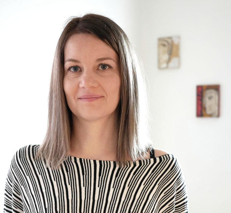 Ana Morin - Sex Therapist & Polyamory Cousellor